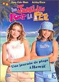 Les jumelles font la fête - une journée de plage à hawaï